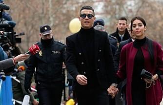 Ronaldo'ya 23 ay hapis ve 18,7 milyon avro para cezası