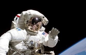 NASA, Mars'a ilk insanlı seferi için komik astronotlar arıyor
