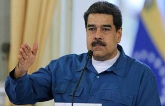 Nicolas Maduro: Venezuela'daki darbe girişimi çöktü