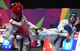Nur Tatar Askari Manchester'de finalde