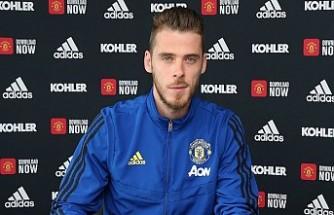 Manchester United'da De Gea'nın sözleşmesi yenilendi