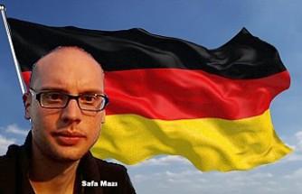 Almanya'da merkez partiler çöküyor