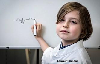 Laurent, Dünyanın en genç üniversite mezunu olacak