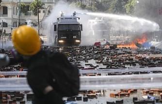 İngiltere'den Hong Kong'da taraflara diyalog çağrısı