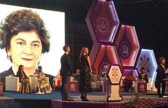 Türk akademisyen Akın'a BM Nüfus Fonu ödülü