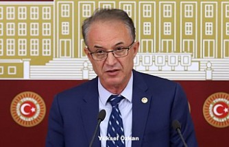 CHP milletvekilleri Handke'ye Nobel Edebiyat Ödülü verilmesini kınadı