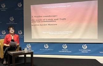 Razia Sultanova, Londra Yunus Emre Enstitüsü'nde Konuştu