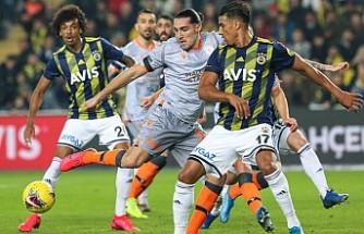 Fenerbahçe Lideri Zorluyor