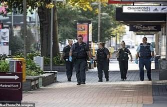 Yeni Zelanda'da Kovid-19 kontrol edilemezse on binlerce kişi ölebilir