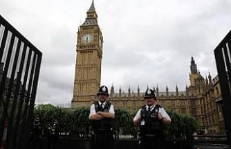 İngiltere'de bir milletvekili tecavüz suçlamasıyla gözaltına alındı
