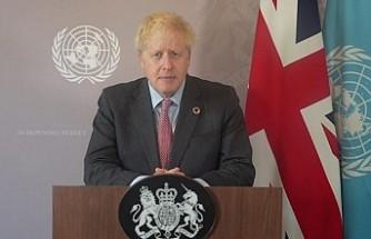 İngiltere Başbakanı Johnson özür diledi