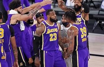 Los Angeles Lakers uzun aradan sonra NBA finalinde