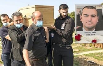 Polis Mustafa Atiz, Londra'da Toprağa Verildi