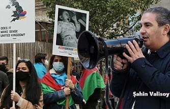 Ermenistan'ın Azerbaycan'daki Sivillere Yönelik Saldırısı Londra'da Protesto Edildi