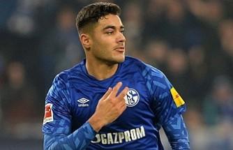 Liverpool, stoper olarak Ozan Kabak'ın peşinde