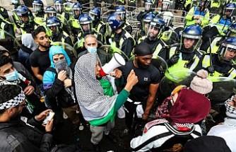 Londra'daki İsrail Karşıtı Gösteriye Polis Müdahalesi