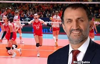 MHP O Belediye Başkanını Attı