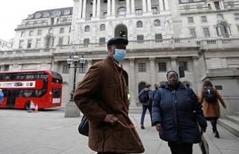 İngiltere'de Koronovirüs için yeni kısıtlamalar