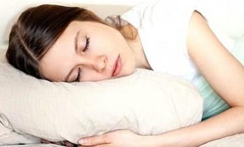 Geceleri 9 saatten fazla uyumak felç riskini artırabilir