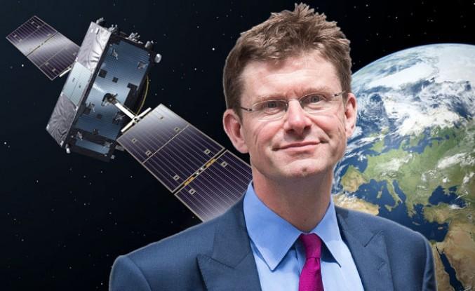 İngiltere'den milli uyduya ilk adım