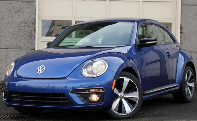 """Volkswagen artık """"Beetle"""" üretmeyecek"""