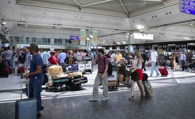 İstanbul havalimanları 100 milyon yolcu barajını aştı