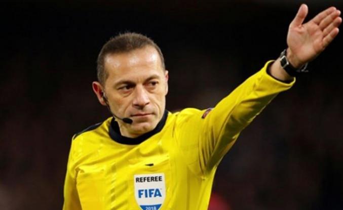 Cüneyt Çakır Olympique Lyon-Barcelona maçını yönetecek