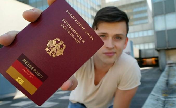 Alman Yaşam Kültürünü Benimsemeyene Vatandaşlık Yok!
