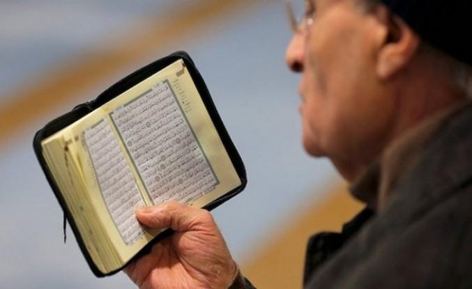 İngiltere'de aşırı sağ partiden 'Kur'an-ı Kerim dağıtılmasını yasaklama' teklifi