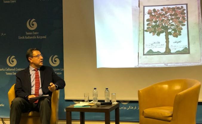 """Prof. Dr. Kalpaklı, Londra'da, """"Osmanlı'da Kahvehaneleri"""" anlattı"""