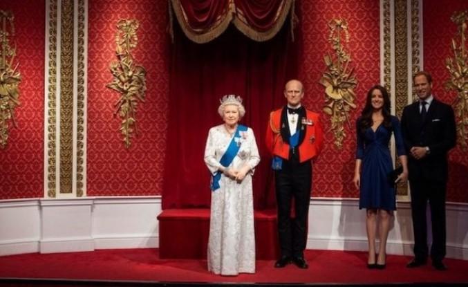 Prens Harry ile eşi Meghan Markle'ın heykelleri kaldırıldı