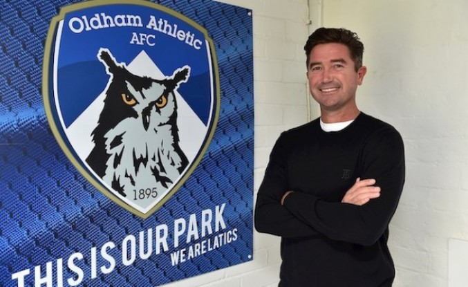 Harry Kewell, Oldham Athletic'in teknik direktörü oldu