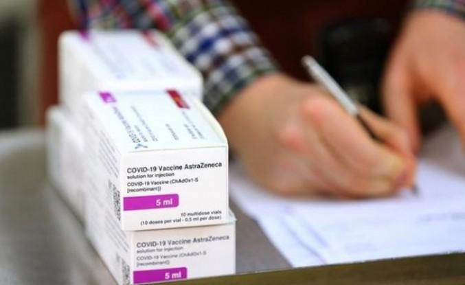 Pakistan Oxford-AstraZeneca aşısına acil durumlarda kullanım onayı verdi