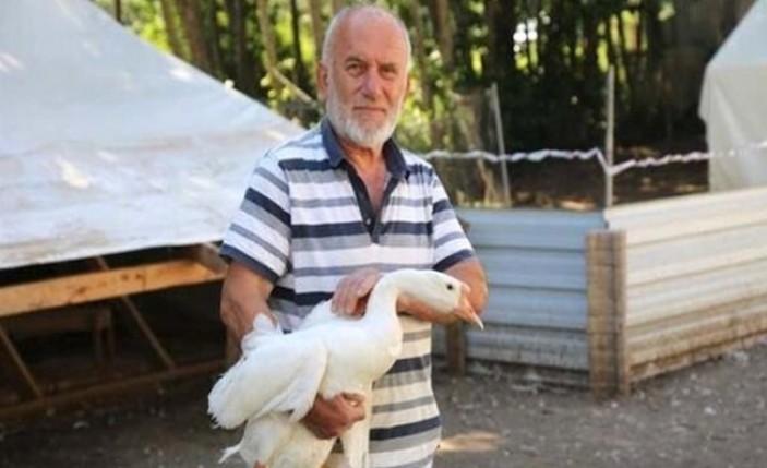 Deneme amacıyla kurduğu çiftliğinden günde bin 500 TL kazanıyor