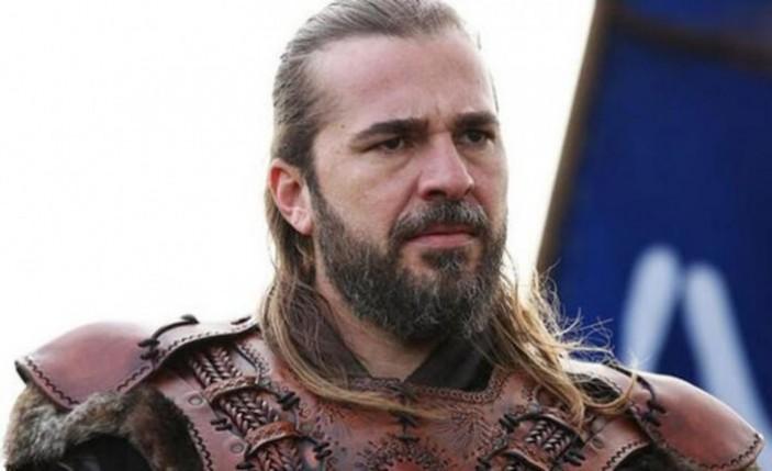 Engin Altan Düzyatan'ın 160 bin liralık sakalı gitti