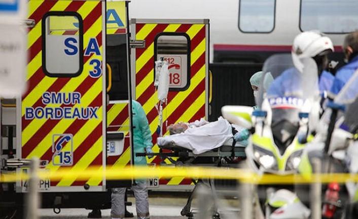 Fransa Sağlık Bakanı'ndan itiraf: Kovid-19 salgını kiliseden yayıldı
